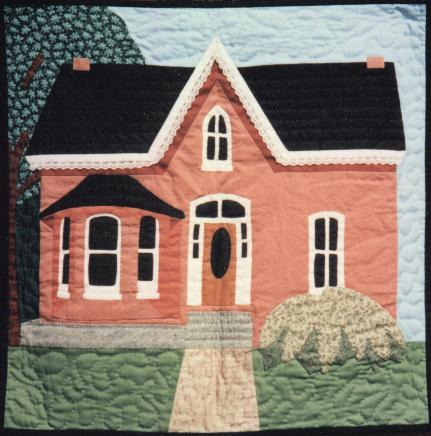 Free Quilt Patterns Of Houses : QUILTED HOUSE BLOCK PATTERNS FREE Quilt Pattern